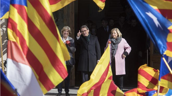 Una mayoría de catalanes votaría 'no', y se impondrian al 'sí' por cuatro puntos
