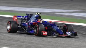 Sainz empezó bien pero luego tuvo que abandonar por el accidente con Stroll