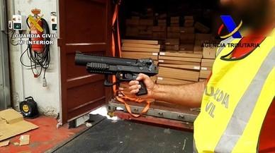 El port d'Algesires intercepta 800 armes de contraban