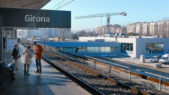 Girona critica que el AVE deje �heridas por reparar�