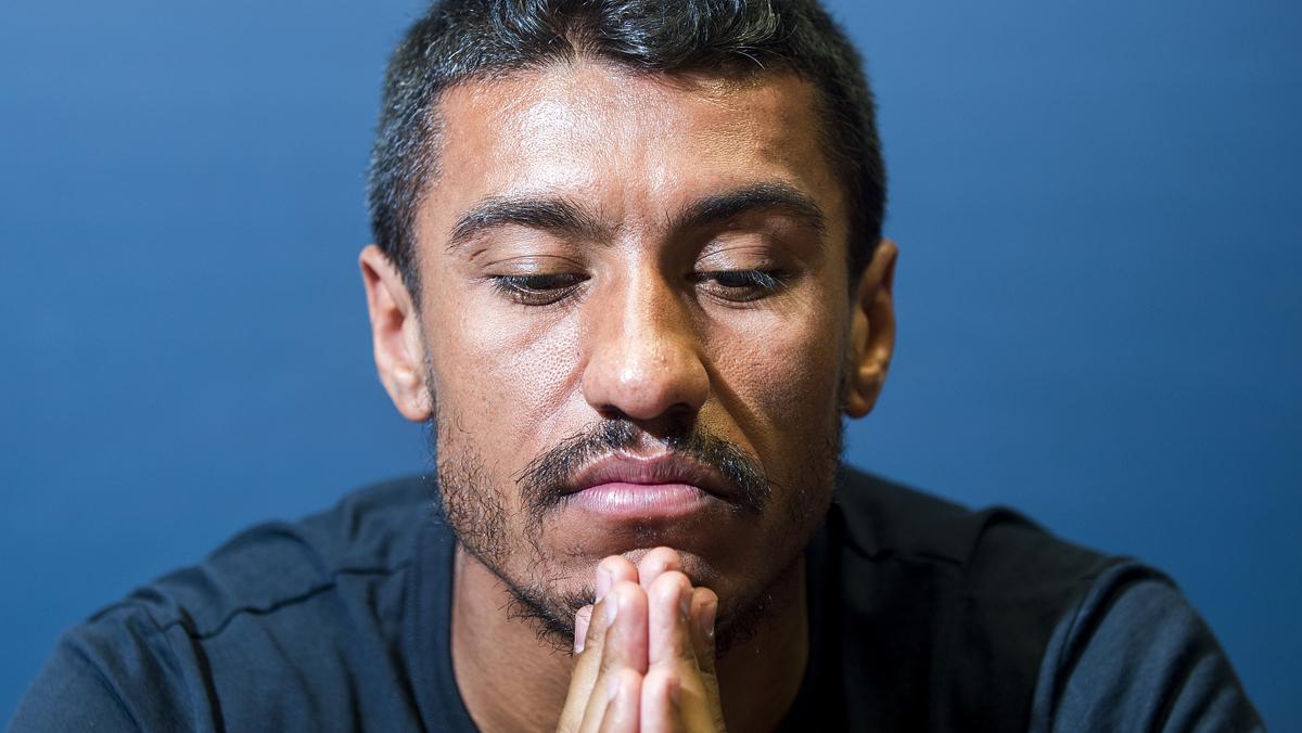 Entrevista al jugador brasileño del Barça, Paulinho