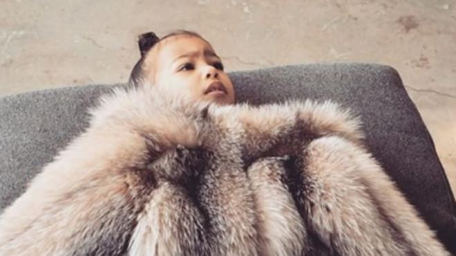 """La petita Kardashian, farta: """"¡Prou de fotos!"""""""