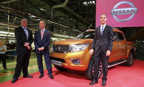 Inicio de la producción de la nueva 'pick up' NP300 Navara de Nissan, en la Zona Franca.