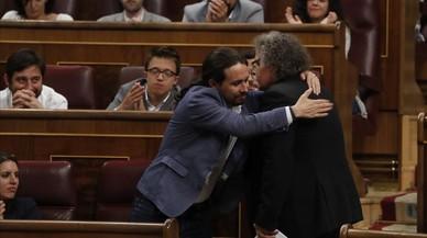 Pablo Iglesias rechaza criminalizar 1-O pero llama a proteger a los ayuntamientos