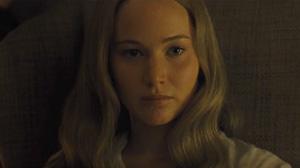 Tráiler de '¡Madre!', con Javier Bardem y Jennifer Lawrence.