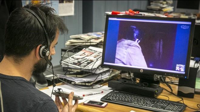 Momento de la entrevista por Skype con la v�ctima.