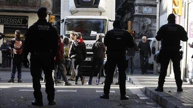Desallotjada la 'Sucursal del Banc Expropiat' de Gràcia