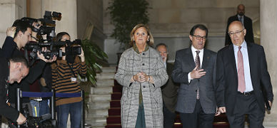 N�ria de Gispert, Artur Mas y Joan Rigol, tras la reuni�n del Pacte Nacional pel Dret a Decidir, este viernes.