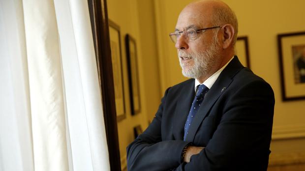 Maza dice que la detención de Puigdemont es una opción abierta