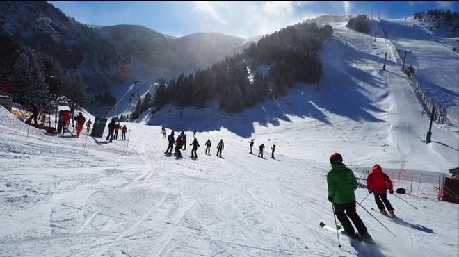 Les nevades i el fred ressusciten la temporada d'esquí