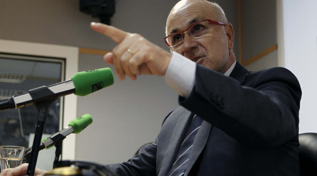 """CDC de Barcelona afirma que Duran """"da�a la imagen"""" de CiU"""