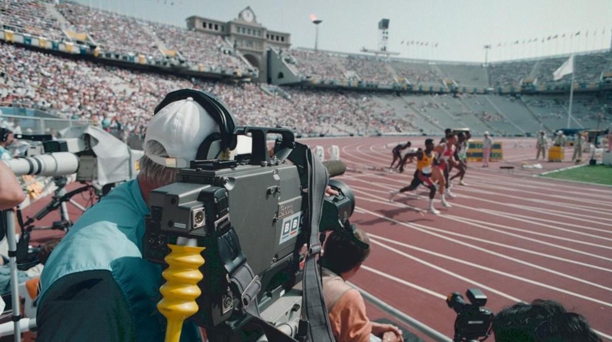Retransmisión televisiva de pruebas de atletismo en el Estadi Olímpic Lluis Companys.