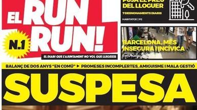 El Run-Run!, el diario de balance de dos años de Colau que la oposición reparte en el metro