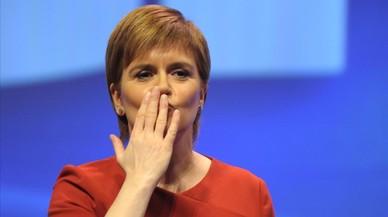 Sturgeon ajorna el segon referèndum per a Escòcia fins que s'aclareixi el 'brexit'