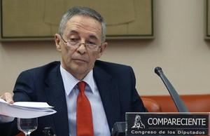 Julio Segura,presidente de la Comisión Nacional del Mercado de Valores, ha sido citado por el juez de la Audiencia Nacional Fernando Andreu para que declare como testigo en el caso Bankia. Es presidente de la CNMV desde mayo del 2005. ha sido consej