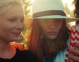 El Short Film 'Aspirational' de Matthew Frost con Kirsten Dunst cr�tica con los 'selfie'.