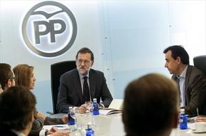 Rajoy, durante la reunión de la dirección del partido, este lunes.