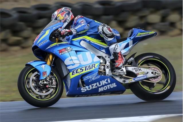 Maverick Viñales y su Suzuki en Phillip Island.