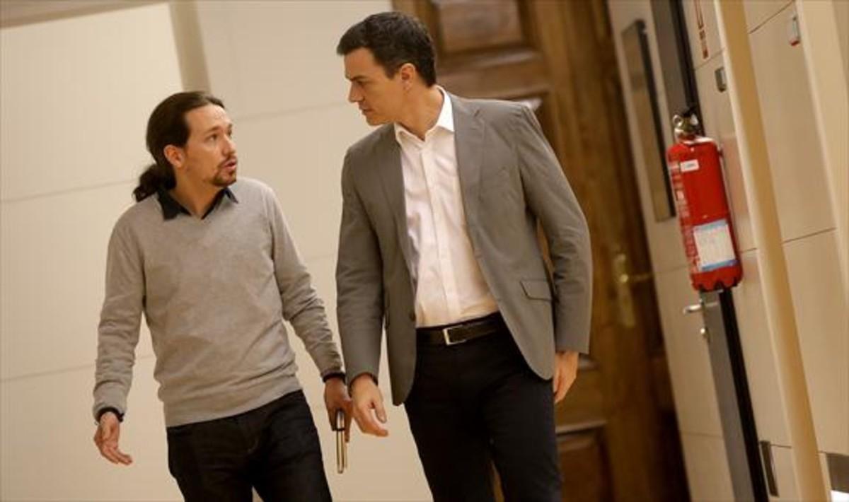 Pablo Iglesias y Pedro Sánchez, el pasado 5 de febrero, en el Congreso de los Diputados.