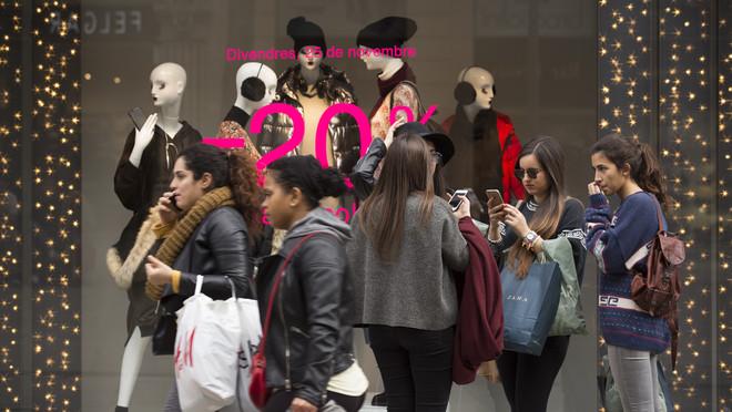 Compradoras durante el Black Friday del año pasado