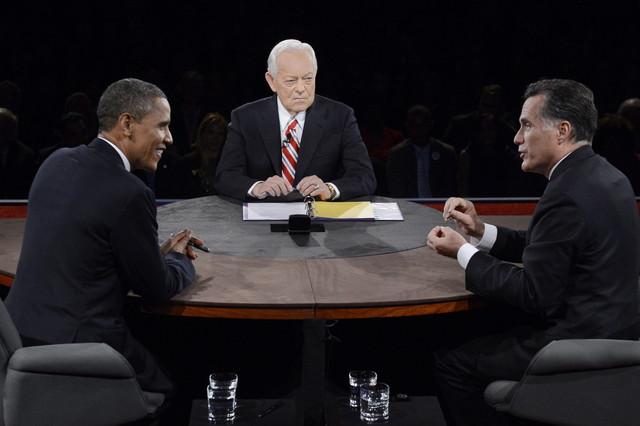 Obama gana el último debate ante Romney y afronta una disputada recta final
