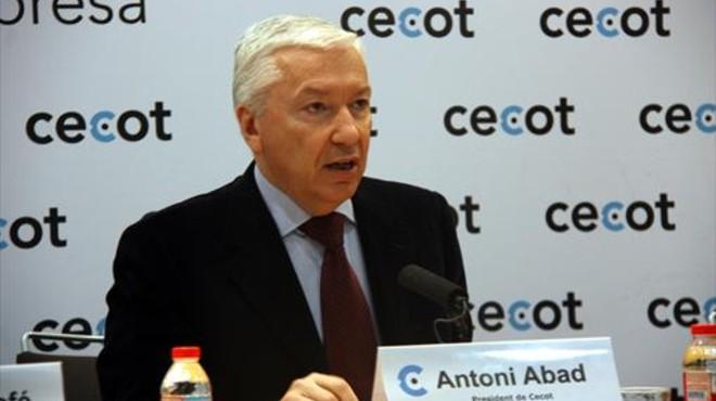 """Cecot: El decreto para cambiar la sede """"lesiona derechos de socios y accionistas"""""""