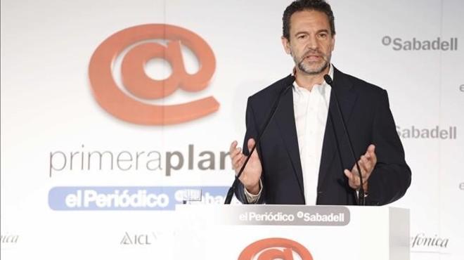 Andr�s Conde durante su intervenci�n en el coloquio Primera Plana.