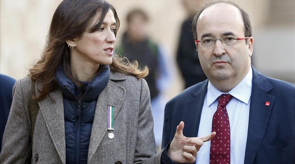 Iceta bat Parlon i llança un avís a la gestora del PSOE