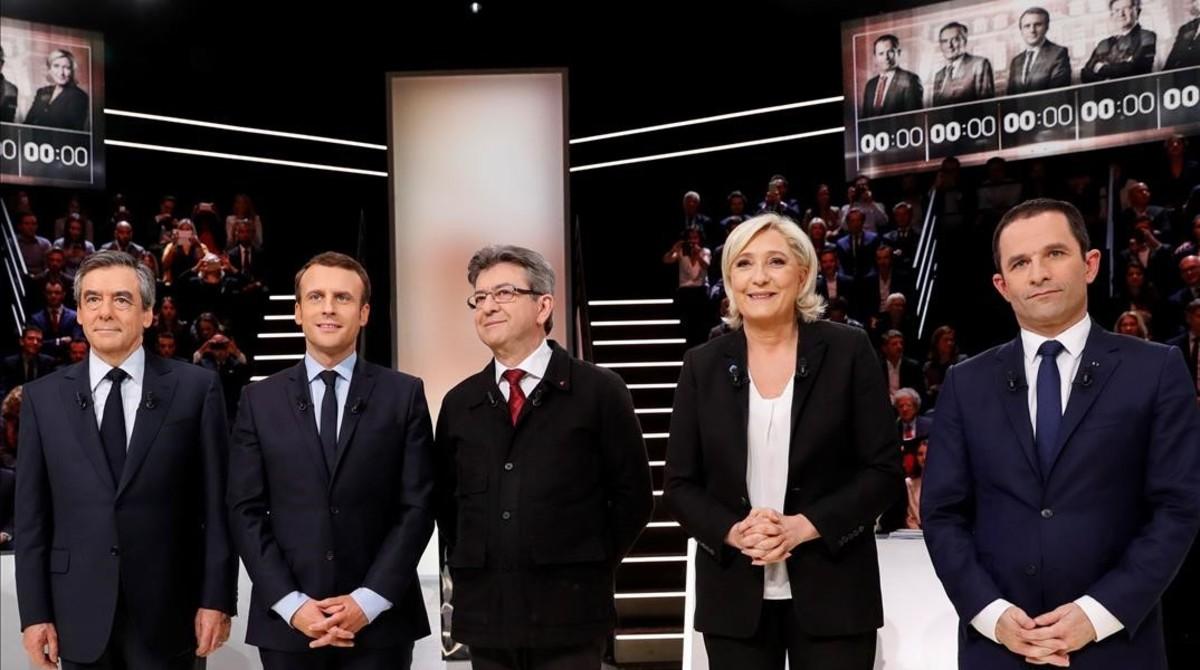 Los cinco candidatos a las presidenciales francesas se disputan a los indecisos en el primer debate cara a cara