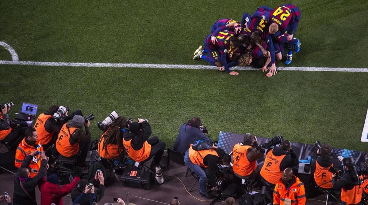 Desaparecen dos equipos fotográficos, de 50.000 euros, del césped del Camp Nou