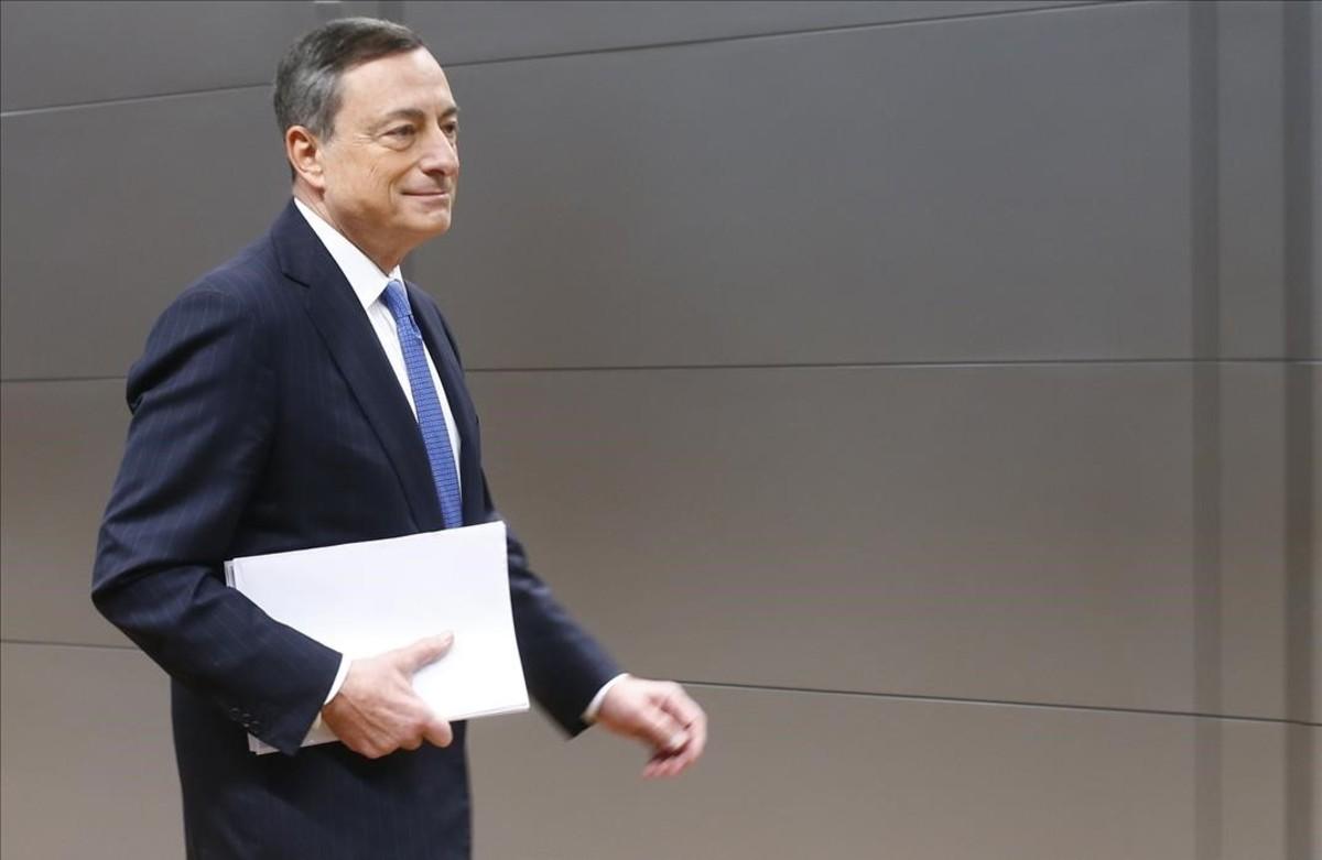 El BCE sorprende al bajar los tipos al 0% y elevar la compra de deuda