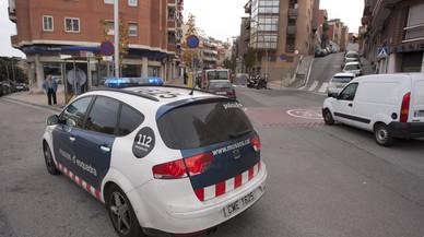 Ingressa a la presó un sense sostre per intentar cremar tres companys a la Barceloneta