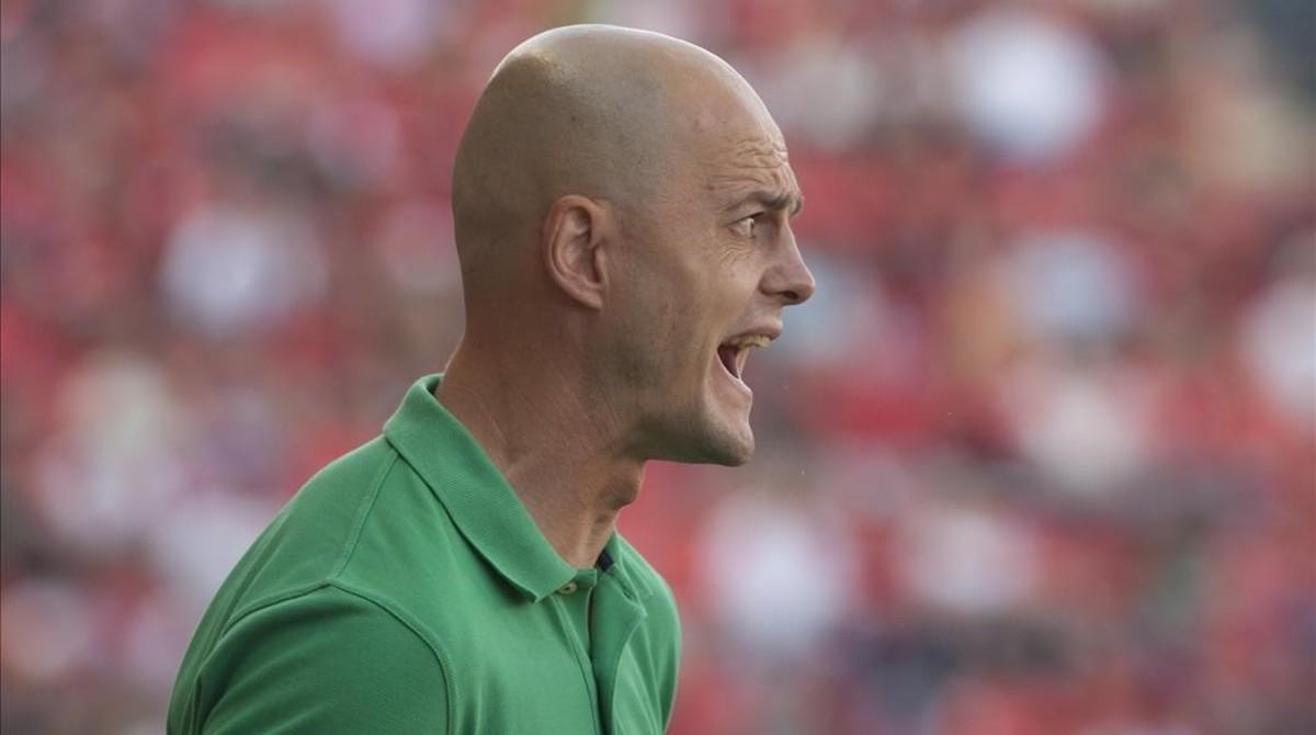 Nano Rivas se va y deja al Nàstic sin entrenador