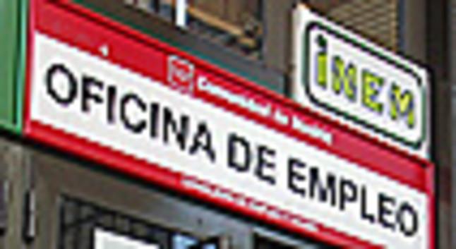 Los nuevos parados elevan la tasa espa ola de for Numero de la oficina del inem