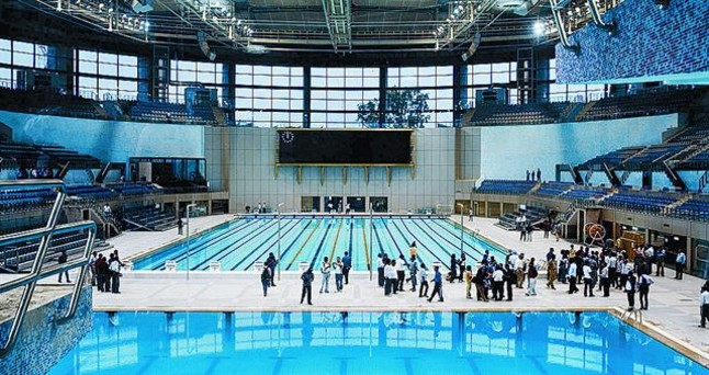 El cloro de las piscinas cubiertas puede ocasionar da os for Piscina cubierta madridejos