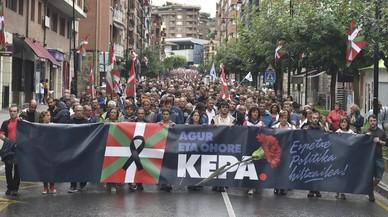 Milers de persones homenatgen l'etarra Del Hoyo