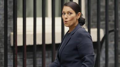 Un nou escàndol al Govern britànic debilita més May