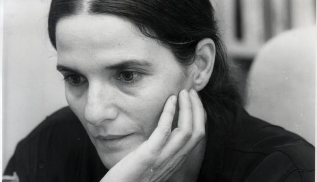 La escritora Adelaida García Morales, en Barcelona en 1990.