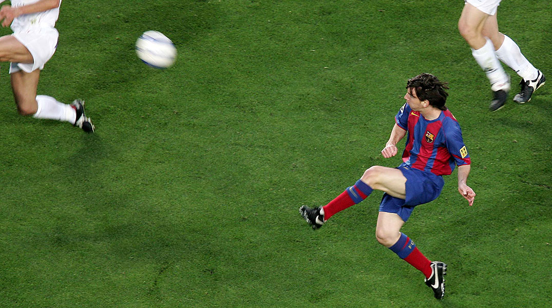 El primer gol de Messi en la Liga