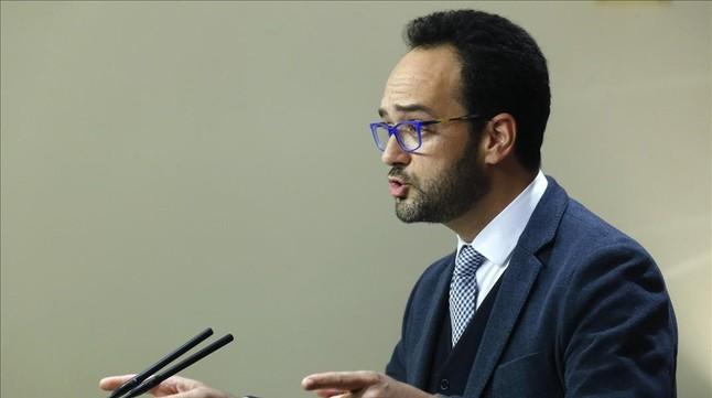 El portavoz socialista, Antonio Hernando, el pasado lunes en el Congreso.