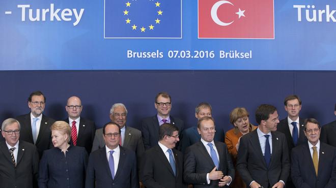 Turquia redobla les seves exigències a la UE per frenar l'arribada de refugiats