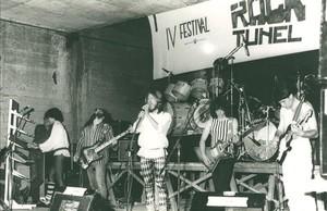 zentauroepp38031788 icult el grupo hydra de badia actuando en el concurso rock170415190743