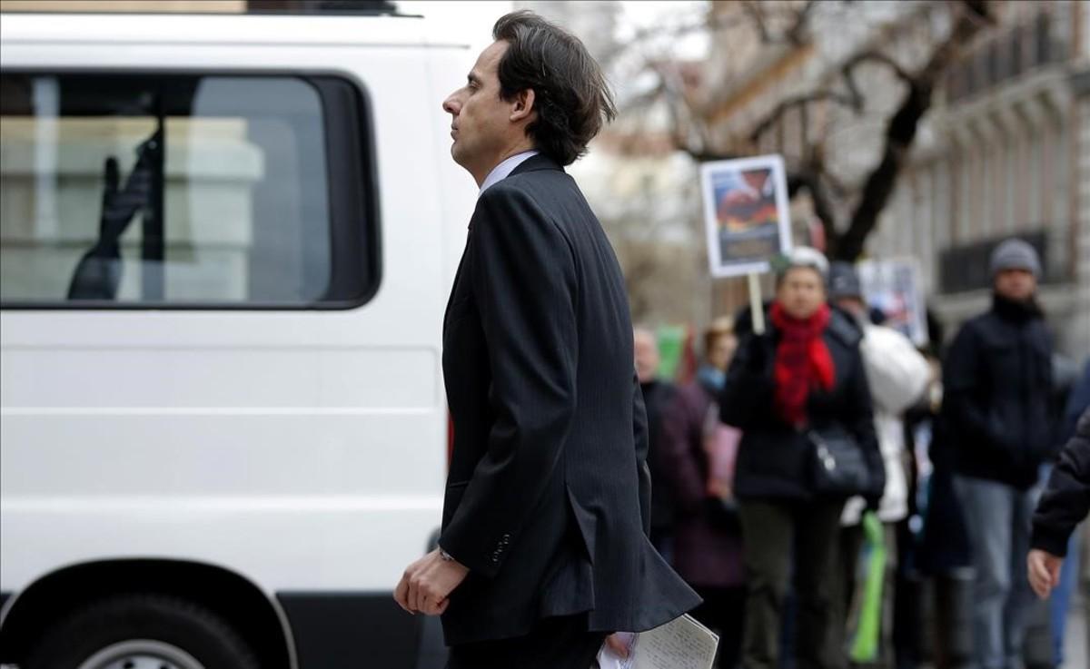 Javier López Madrid, en febrero del 2015, a su salida de la Audiencia Nacional donde declaró por el caso de las tarjetas black de Caja Madrid.