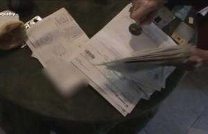 abertran38201334 detingudes dues persones a reus per falsificar receptes i tr170427082718