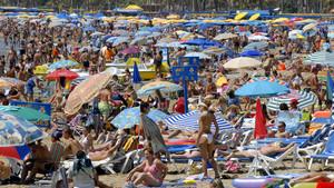 Verano, playas, gente, relajación ¿de todo?