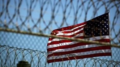 Obama ordena el trasllat de 15 presos de Guantánamo als Emirats Àrabs Units