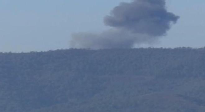 Fotograma del momento en el que cae el avi�n ruso derribado por Turqu�a.