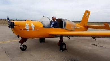El avión de Hazte Oír no puede volar