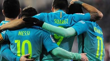 El Barça goleja amb esforç