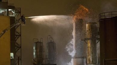 Un incendi afecta la fàbrica de La Seda de Barcelona